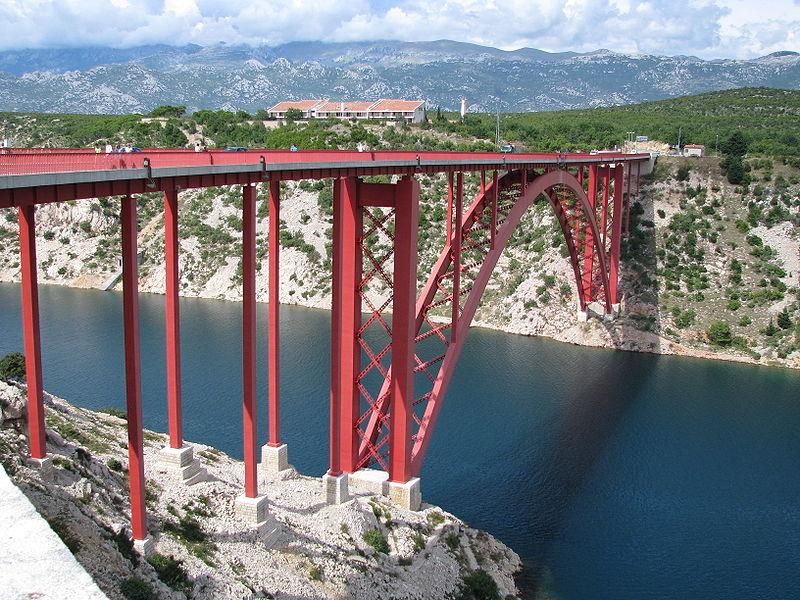 800px-Old_Maslenica_Bridge_1