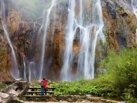 couple-standing-infront-plitvice